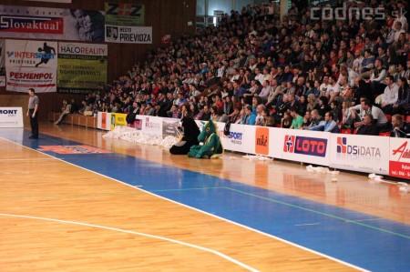 Foto a video: BC Prievidza - MBK Handlová 75:49 10