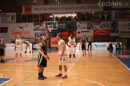 Foto a video: BC Prievidza - MBK Handlová 75:49 18