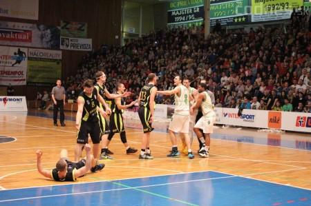 Foto a video: BC Prievidza - MBK Handlová 75:49 29