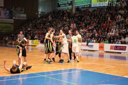 Foto a video: BC Prievidza - MBK Handlová 75:49 30