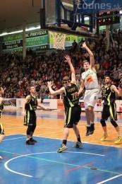 Foto a video: BC Prievidza - MBK Handlová 75:49 35