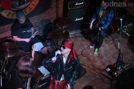 GUNS N' ROSES tribute band - Piano club Prievidza 10