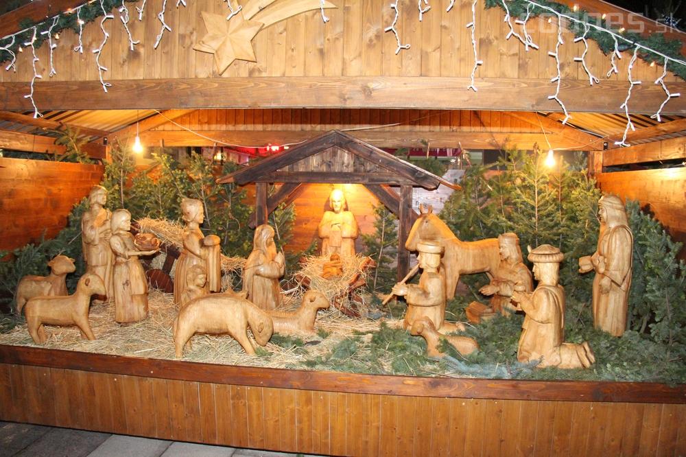 Foto a video: Mikuláš a rozsvietenie vianočného stromčeka