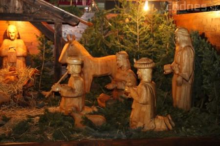 Foto a video: Mikuláš a rozsvietenie vianočného stromčeka 2