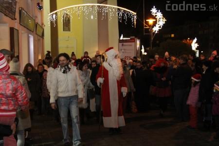 Foto a video: Mikuláš a rozsvietenie vianočného stromčeka 7