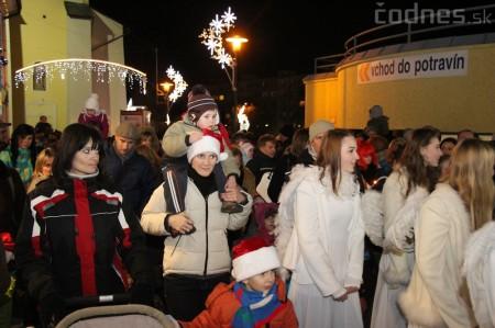 Foto a video: Mikuláš a rozsvietenie vianočného stromčeka 11