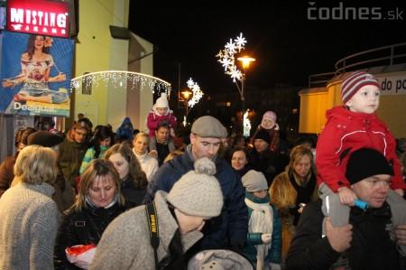 Foto a video: Mikuláš a rozsvietenie vianočného stromčeka 12