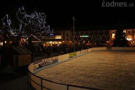Foto a video: Mikuláš a rozsvietenie vianočného stromčeka 13