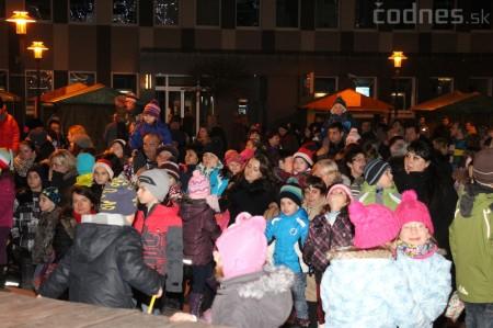 Foto a video: Mikuláš a rozsvietenie vianočného stromčeka 14