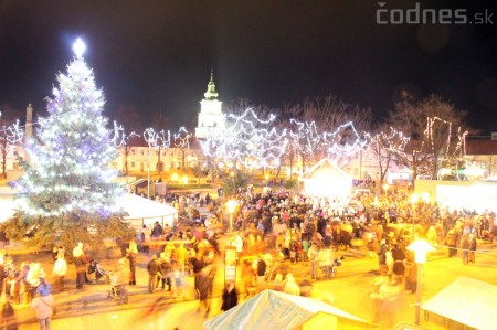 Foto a video: Mikuláš a rozsvietenie vianočného stromčeka 23