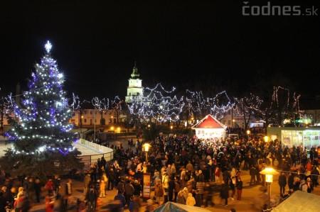 Foto a video: Mikuláš a rozsvietenie vianočného stromčeka 24
