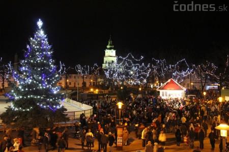 Foto a video: Mikuláš a rozsvietenie vianočného stromčeka 25