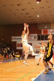 Foto a video: BC Prievidza - BK Inter Incheba Bratislava 70:78 30