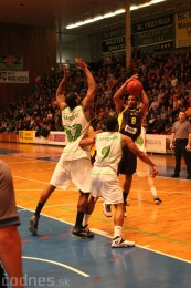 Foto a video: BC Prievidza - BK Inter Incheba Bratislava 70:78 66