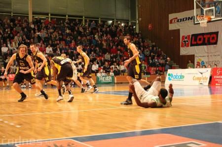 Foto a video: BC Prievidza - BK Inter Incheba Bratislava 70:78 73
