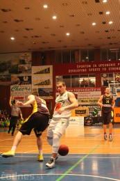 Foto a video: BC Prievidza - BK Inter Incheba Bratislava 70:78 77