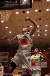 Foto a video: BC Prievidza - BK Inter Incheba Bratislava 70:78 81