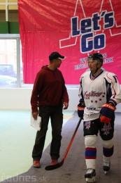 Foto a video: Exibičný hokejový zápas MšHK Bulldogs Prievidza a hviezdy NHL a Slovenska 90