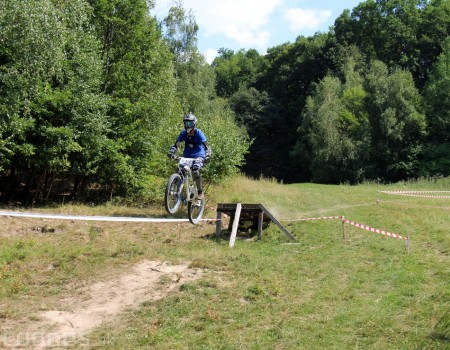 Bike Fest 05 - 2013 - downhill - skoky 4