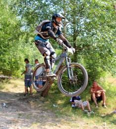 Bike Fest 05 - 2013 - downhill - skoky 60