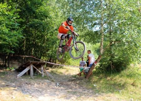 Bike Fest 05 - 2013 - downhill - skoky 77
