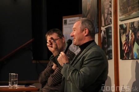 Foto a video: Mons. Róbert Bezák na festivale Jeden svet 2013 9