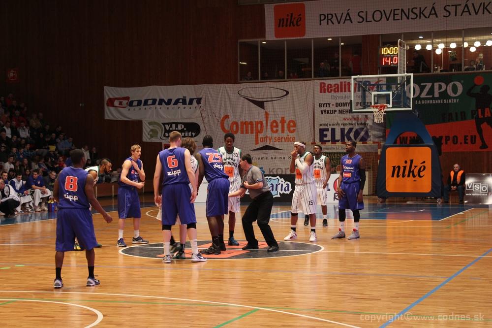 Foto a video: BC Prievidza - EDYMAX SPU Nitra 85:98