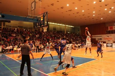 Foto a video: BC Prievidza - EDYMAX SPU Nitra 85:98 1