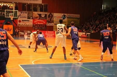Foto a video: BC Prievidza - EDYMAX SPU Nitra 85:98 23