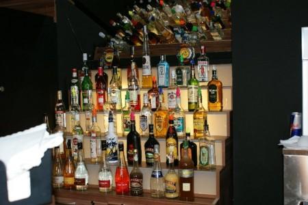People Restaurant & cocktail bar 0