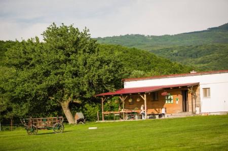 Farma pod Vtáčnikom 2