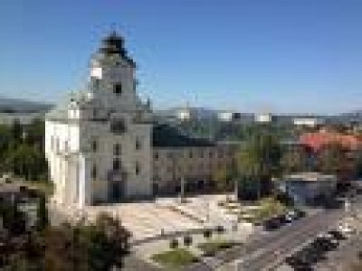 Piaristický kostol Najsvätejšej Trojice Prievidza
