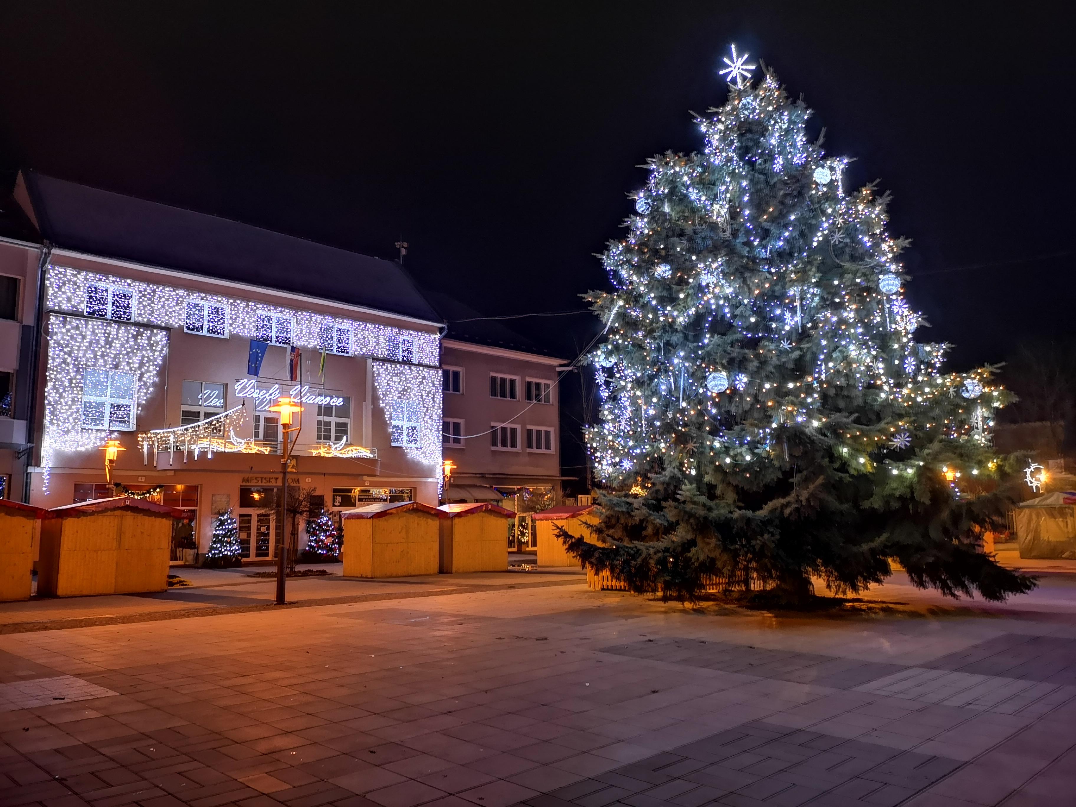 Silvestrovské oslavy - námestie Prievidza