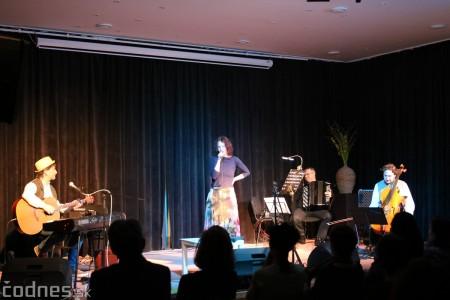 Foto: Koncert Szidi Tobias & Band 5