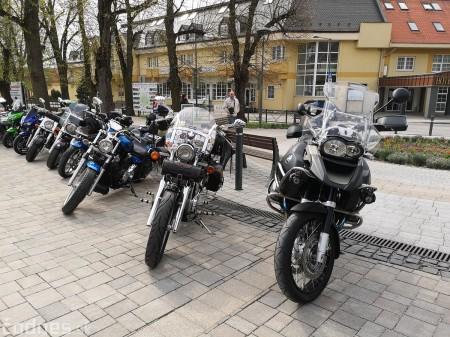Foto a video: OTVORENIE motorkárskej sezóny Bojnice 2019 3