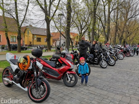 Foto a video: OTVORENIE motorkárskej sezóny Bojnice 2019 59