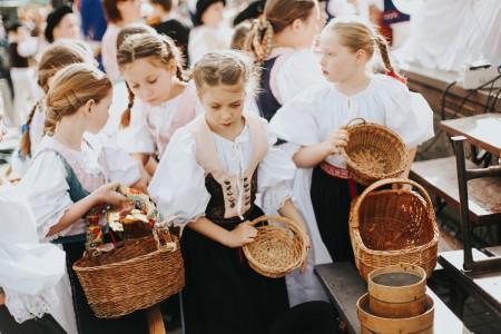 Foto: FS Malý Vtáčnik na Veľkonočných trhoch v Prievidzi 1