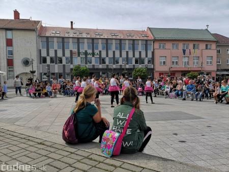 Foto: Prievidzské deti oslavovali les na akcii EKOROK 2019 1
