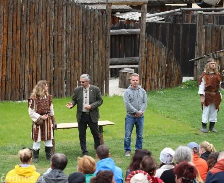 Foto a video: Bojnice - OTVORENIE LETNEJ TURISTICKEJ SEZÓNY 2019 a Oslava 25.výročia Sokoliarov Aquila 71