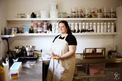 Odišla z korporátu a založila voňavý biznis – mydlárka Lucia Kaplánová