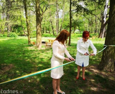 Foto a video: V Mestskom parku v Prievidzi pribudla nová pikniková zóna 12