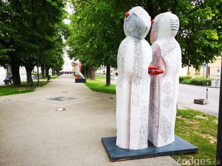 Foto a video: Výstava na pešej promenáde BOJNICE V SOCHE 4. ročník 6