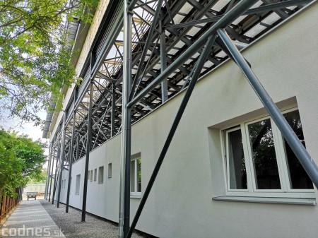 Foto: Rekonštrukcia futbalového štadióna v Prievidzi za 1,23 milióna eur je hotová 15