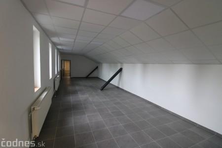 Foto: Rekonštrukcia futbalového štadióna v Prievidzi za 1,23 milióna eur je hotová 25