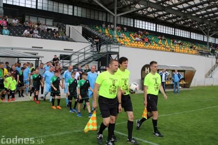 Foto a video: 100 rokov futbalu v Prievidzi veľkolepé oslavy a exhibičný zápas ŠKRŤO tím vs KUCO tím 11
