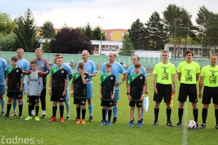 Foto a video: 100 rokov futbalu v Prievidzi veľkolepé oslavy a exhibičný zápas ŠKRŤO tím vs KUCO tím 15