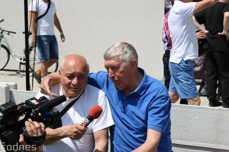 Foto a video: 100 rokov futbalu v Prievidzi veľkolepé oslavy a exhibičný zápas ŠKRŤO tím vs KUCO tím 33