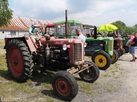 Foto a video: Traktory Máčov 2019 2