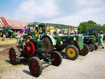 Foto a video: Traktory Máčov 2019 8