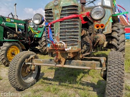 Foto a video: Traktory Máčov 2019 12